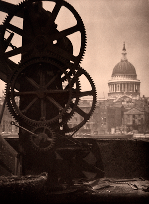 31-Studio_Coburn_St_Pauls_Cathederal_and_Cogs