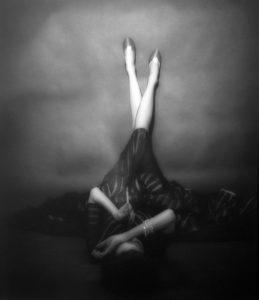The Well Dressed Leg, Dorian Leigh, New York, Harper's Bazaar, April 1948