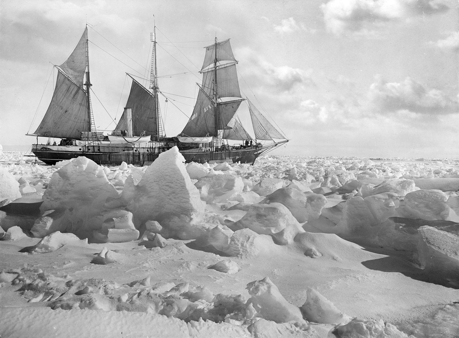 endurance full sail Hurley