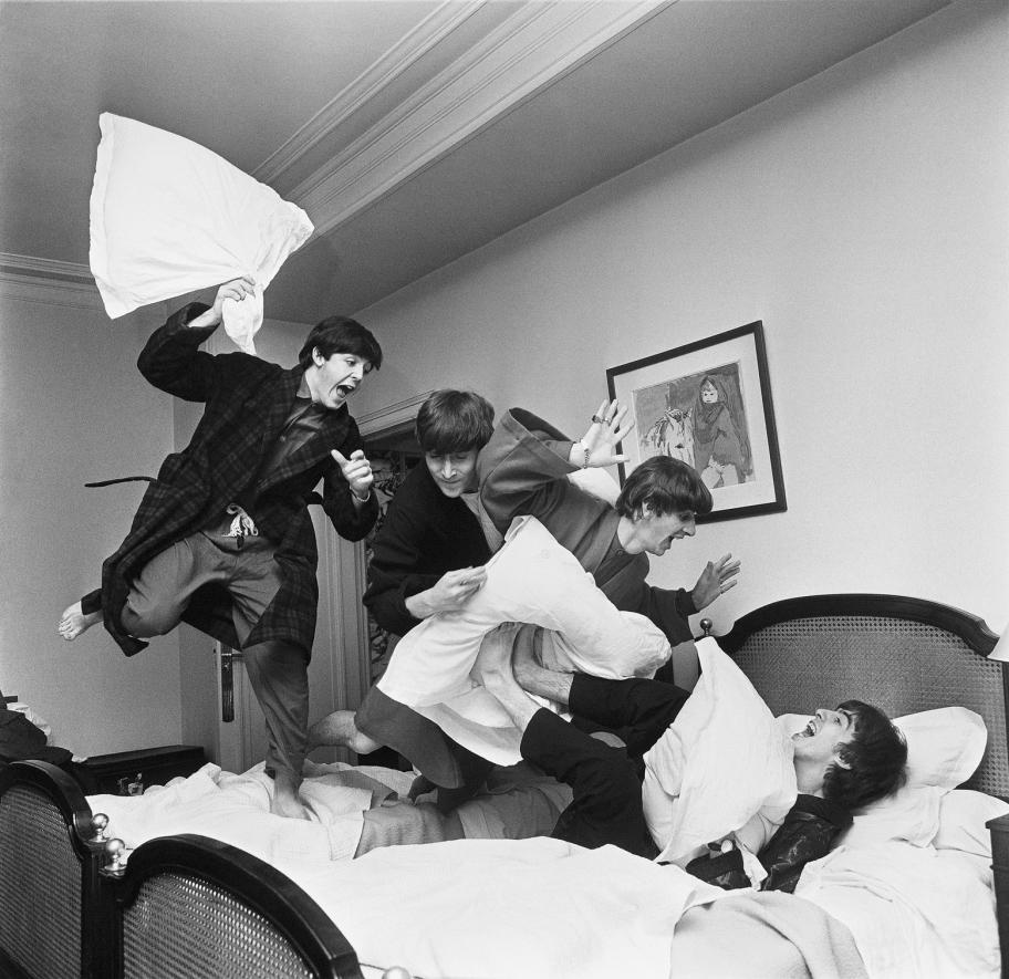 Harry Benson_Pillow Fight