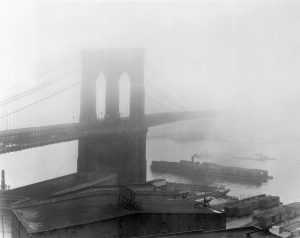 Brooklyn Bridge in the fog Feinenger