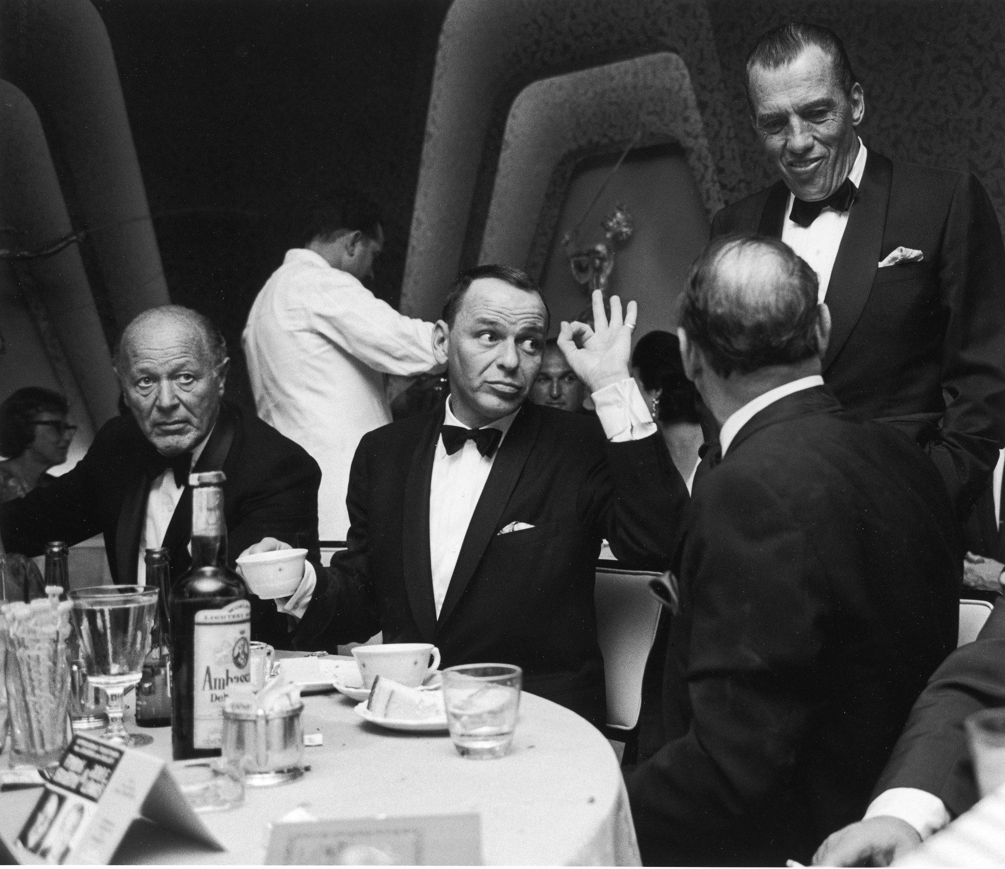 Dominis Frank Sinatra.jpg